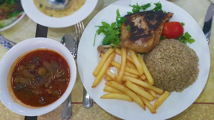 """مطعم """"التكية"""" المصري"""