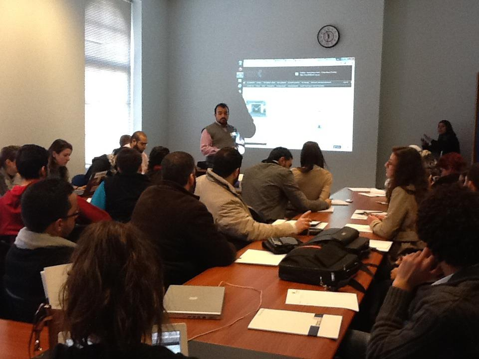 "Mahmoud Ghazayel giving a workshop on ""Social Media and journalism"" in the AUB university, on December 17 2011. (SMEX)"